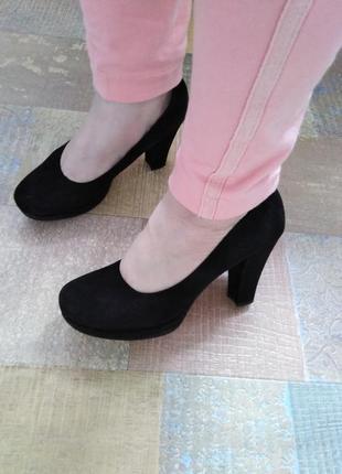 Удобные кожаные туфли tamaris 38,40 р