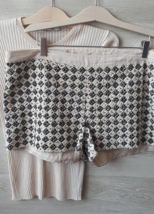Шорты в пайетках и камнях h&m / нарядные расшитые шорты