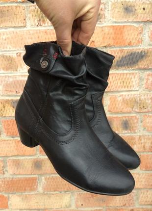 Весенние ботинки женские s.oliver размер 38 (24 см.)
