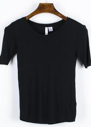 Базовая футболка под пиджак