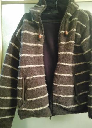 Куртка худи из шерсти.