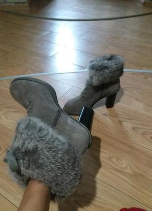 Крутые ботильоны carlo pazolini  ботинки нат кожаные  clarks zara платье пальто туфли