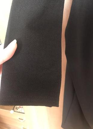 Вечернее платье-миди с оголёнными плечами6 фото