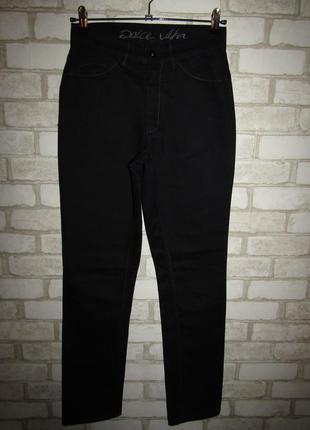 Черные джинсы р-р 27-28 сост новых dolce vita