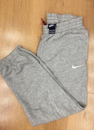 Спортивные штаны nike оригинал на рост 147/158!