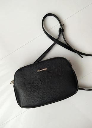 Чорна сумка david jones з мягкої еко-шкіри.
