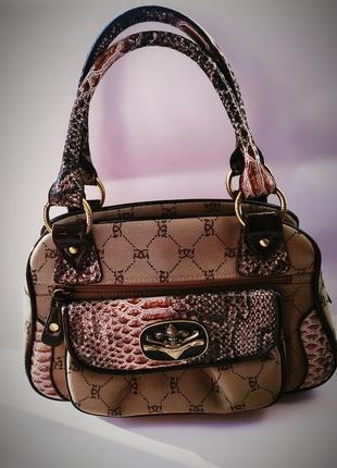 Новая брендовая сумочка дизайнерская подкладка под шелк идеальная