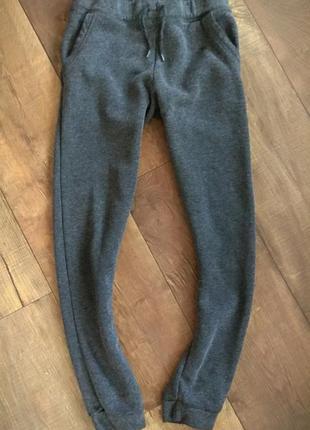 Спортивные штаны тёплые брюки 10-11лет 146см рост