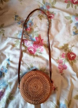 Шикарная плетеная сумочка