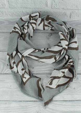 Итальянский шарф girandola 0001-139 серый,листья, коттон 80%, шелк 20%