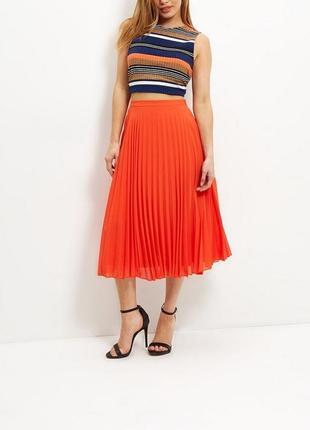 Красивая ярко-оранжевая юбка плиссе от new look