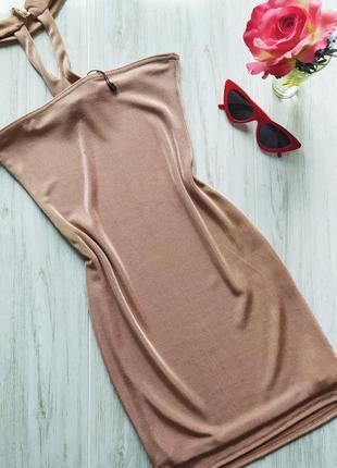 Шикарное пудровое платье с чокером😍