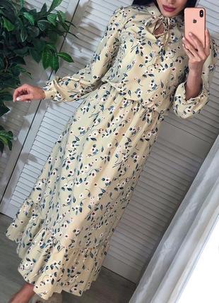 Шелковое весеннее миди платье с цветами