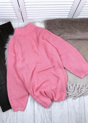 Розовый удлиненный свитер н&м