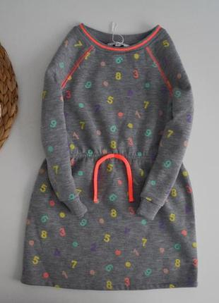 Новое платье на 4-5л.