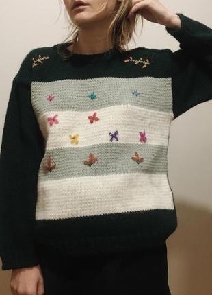 Милейший винтажный итальянский шерстяной изумрудный свитер в полоску с вышивкой, размер m