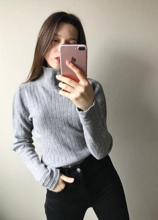 Серый шерстяной свитер hugo boss
