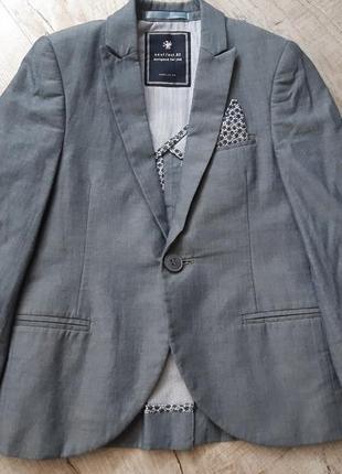 Стильный пиджак next на 3 года