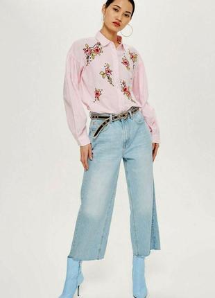 Трендовая оверсайз рубашка с вышивкой цветы