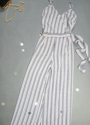 Комбинезон в полоску с широкими штанами , под пояс atmosphere