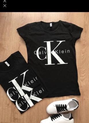 Хитовая черная футболка ck