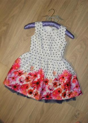 Нарядное платье на 3-4годика