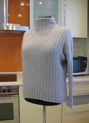 Актуальный, стильный кашемировый свитер !!!