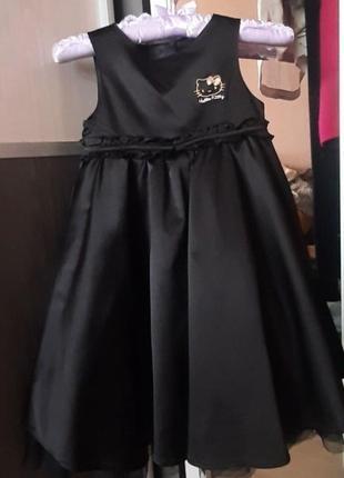 Шикарное, атласное платье h&m hello kitty