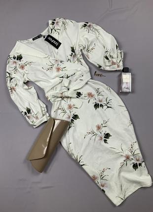 Стильное платье в цветочный принт от boohoo