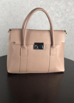 Женская кожаная сумочка из новой коллекции  (пудра)