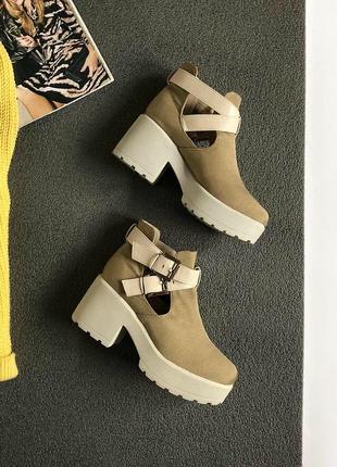 Обалденные ботинки на массивной подошве seaside