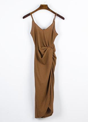 Коричневое платье миди