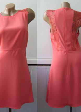 Платье шифоновое с гипюром на спине