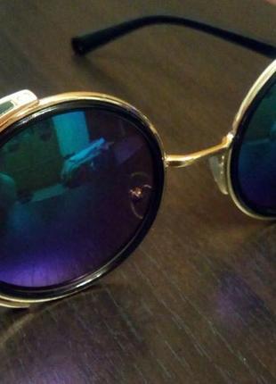 Стильные очки хамелеон