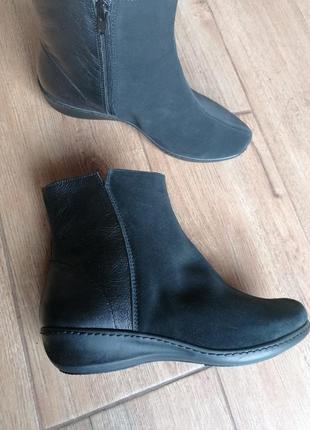 Интересные  ботинки. inblu