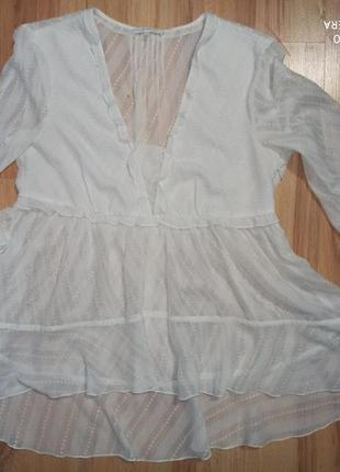 Белая ажурная блузка