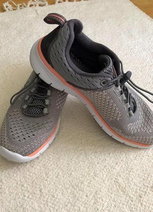 Легкие кроссовки для спортзала venice.