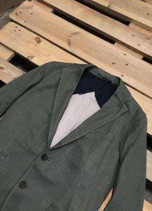 Очень стильный пиджак eleventy