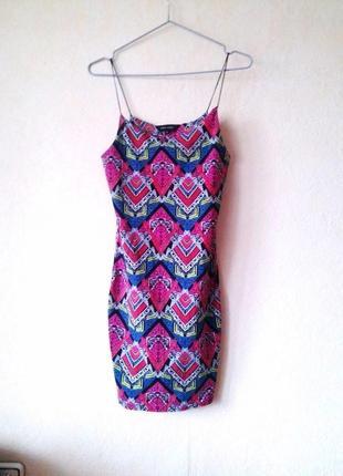 Новое стречевое платье ками карандаш new look s-xs