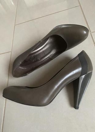 Туфли кожаные стильные модные дорогой бренд miss sixty размер 38