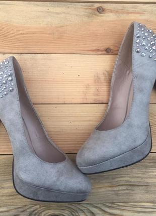 Туфли на каблуке германия