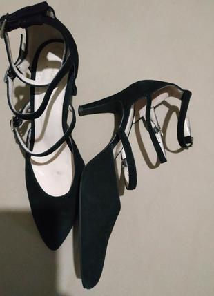 Кожаные туфли с ремешками размер uk 6 наш 39