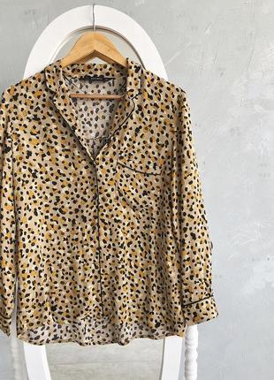 Крутая стильная блуза  zara в бельевом стиле