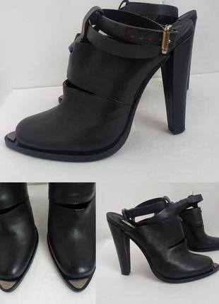 Стильные черные кожаные туфли и & othet stories на высоком каблуке