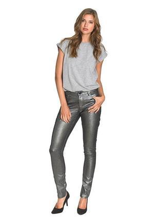 Брендовые женские серебристые блестящие джинсы металлик cherry diffusion этикетка