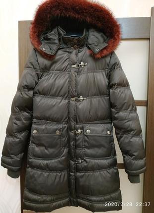 Стильное стеганое теплое пальто с натуральным мехом 36 размер