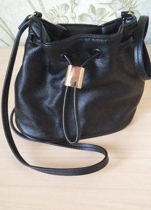 Модная сумка h&m
