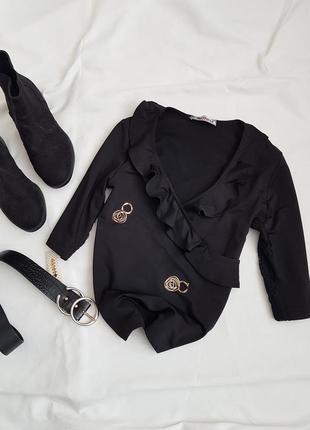 Шикарна блуза з імітацією запаху та з рюшами від ultimod