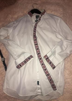 Мужская рубашка-вышиванка calvin klean. оригинал.