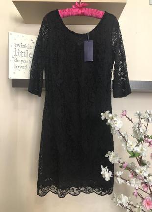 Красивое кружевное платье, платье футляр, v-образный вырез